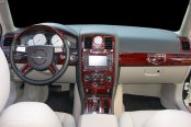 Remin® - Dash Kit on Chrysler 300