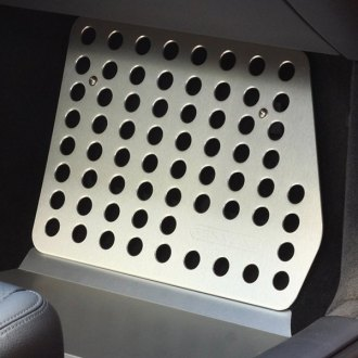 Rennline® - 1st Row Driver Side Aluminum Silver Perforated Floorboard