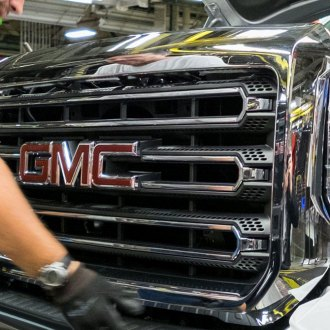Replace® - GMC Sierra Grille