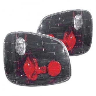 Replace® - Driver and Passenger Side, Set of 2 Replacement Tail Light