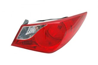 Replace® HY2805116 - Passenger Side Outer Replacement Tail Light