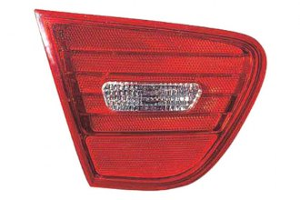 Replace® HY2882100 - Driver Side Replacement Tail Light