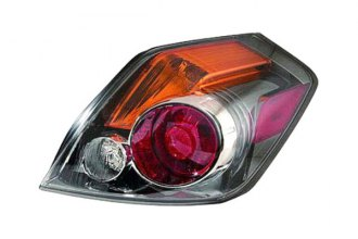Replace® NI2801190 - Passenger Side Replacement Tail Light