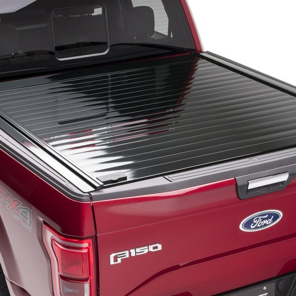 Image may not reflect your exact vehicle! Retrax® - RetraxPRO™ Retractable Tonneau Cover, Closed