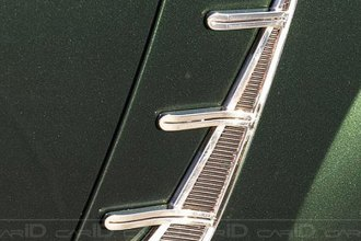 Retro USA® - Chrome Quarter Moldings Set