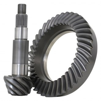 Revolution Gear & Axle® - Rear Ring and Pinion Gear Set