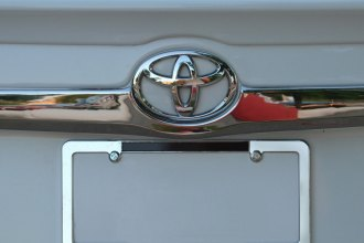 RI® - Chrome Rear Trunk Upper Molding Cover