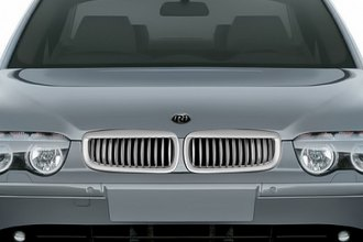 RI® - Chrome with Silver Grille Replacement