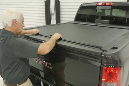 Roll-N-Lock® Retractable Tonneau Cover Installation Video (HD)