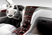 Sherwood® - Chevy Traverse Dash Kit in Walnut Burl