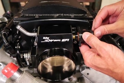 Sniper® Hi-Ram Intake Manifold and Fuel Rail Kit Video (Full HD)