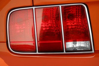 Street Scene® - Chrome Tail Light Bezels