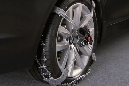 Thule - K-Summit XL Tire Chains Installation Video