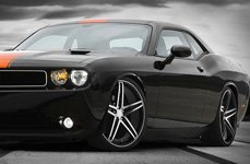 TIS® - 536MB Black with Machined Face and Groove on Dodge Challenger