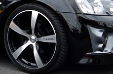 TOUREN® - TR9 Black with Machined Face and Lip on Holden Commodore
