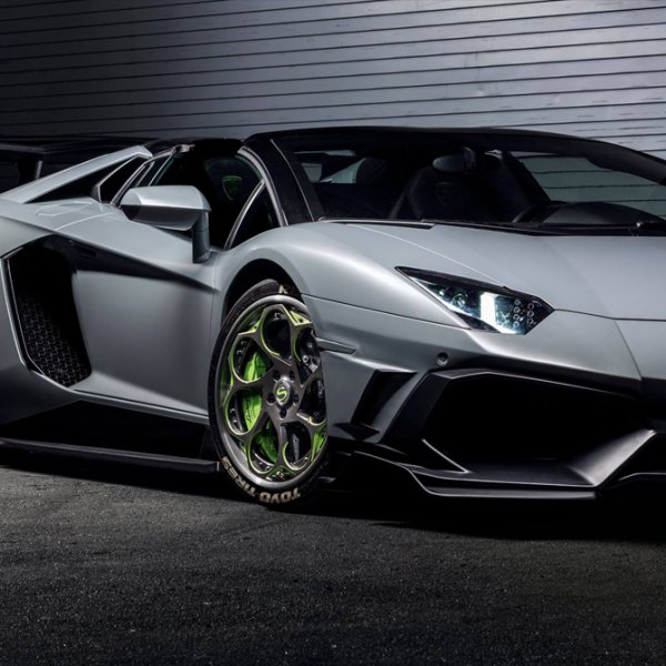 TOYO® - Tires On Lamborghini Aventador