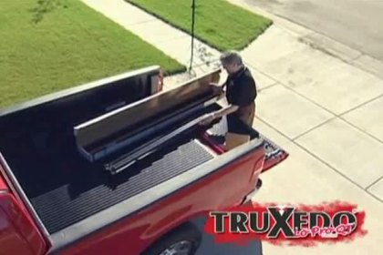 TruXedo® Lo Pro QT™ Roll-Up Tonneau Cover Installation Video