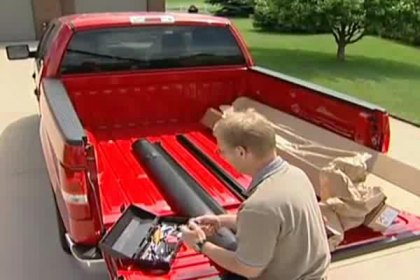 291601 - TruXedo® TruXport™ Roll-Up Tonneau Cover Installation Video