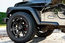 TUFF® - T01 Flat Black with Chrome Inserts on Jeep Wrangler