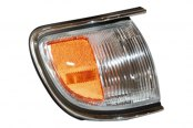 TYC® - Passenger Side Cornering / Side Marker Light Assembly (with Chrome Trim)
