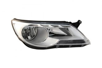 TYC® 20-9052-00 - Driver Side Replacement Headlight (Without Logo)