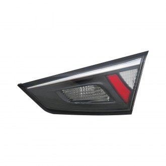 TYC® - Passenger Side Inner Replacement Tail Light