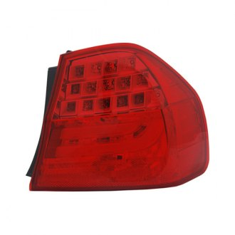 TYC® - Passenger Side Outer NSF Certified Replacement Tail Light