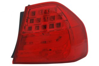 TYC® 11-11677-90 - Passenger Side Outer Replacement Tail Light