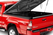 Image may not reflect your exact vehicle! UnderCover® - SE Smooth™ Hinged Tonneau Cover, Open