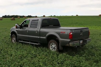 UnderCover® FLEX™ Tri-Fold Tonneau Cover On The Farm (HD)