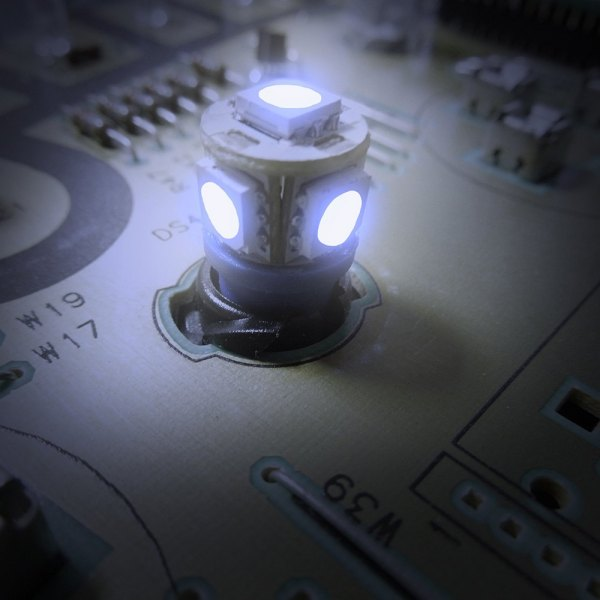 "US Speedo® - Blue 1/2"" Twist In / Twist Out Speedometer LED Bulbs Kit, 2 Pcs"