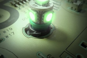 "US Speedo® LED200G - Green 1/2"" Twist In / Twist Out Speedometer LED Bulbs Kit, 6 Pcs"