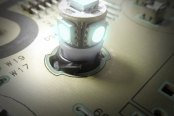 "US Speedo® - White 1/2"" Twist In / Twist Out Speedometer LED Bulbs Kit, 2 Pcs"