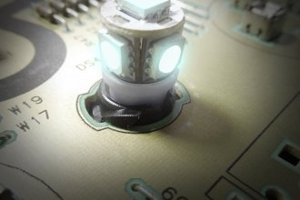 "US Speedo® LED200W - White 1/2"" Twist In / Twist Out Speedometer LED Bulbs Kit, 6 Pcs"