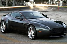 Vellano VSH Brushed with Chrome Lip on Aston Martin Vantage