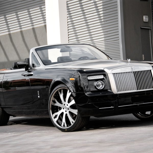 Vellano VTA Custom Painted on Rolls Royce Phantom
