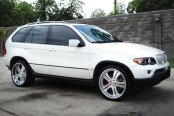 VELLANO® - VSB Brushed with Chrome Lip on BMW X5