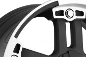 VISION OFF-ROAD® - WARLORD Matte Black with Machined Face - Covered Lugs Close-Up