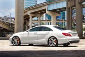 VOSSEN® - VVSCV5 Silver with Mirror Machined Face on Mercedes CLS Class
