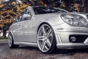 VOSSEN® - VVSCV5 Silver with Mirror Machined Face on Mercedes E Class