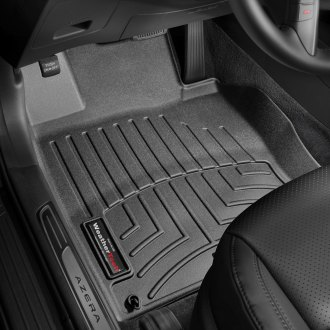 WeatherTech® - DigitalFit™ 1st Row Black Molded Floor Liners