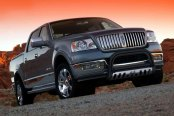 "Westin® - 3"" Ultimate Black Powdercoat Bull Bar on Lincoln Mark Lt"