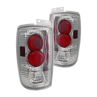 Winjet® - Chrome Euro Tail Lights with Halo