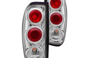 Winjet® - Chrome Euro Tail Lights with Clear Lenses