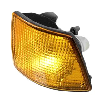 Genuine® - Driver Side Replacement Turn Signal/Corner Light