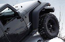 XD SERIES® - CRANK Matte Black Wheels on Jeep Wrangler