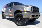 XD SERIES® - MISFIT Matte Black on Ford Excursion