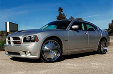 ZENETTI® - HEIR Black with Machined Face and Chrome Lip on Dodge Charger